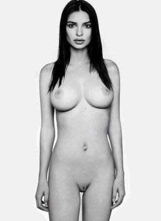 Emily Ratajkowski's Tits And Pussy