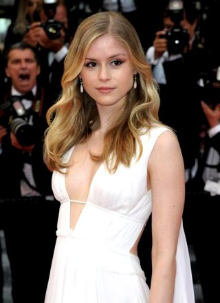 Erin Moriarty – Been Hooked On The Boys Because Of Her
