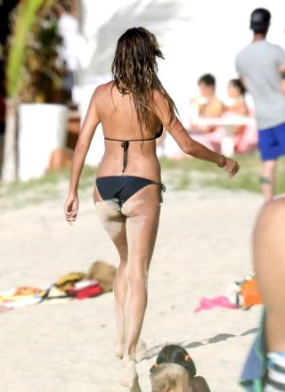Heidi Klum Sexy Bikini Body