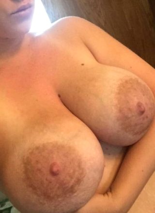 Hot Images By 'LuvThemTitties'