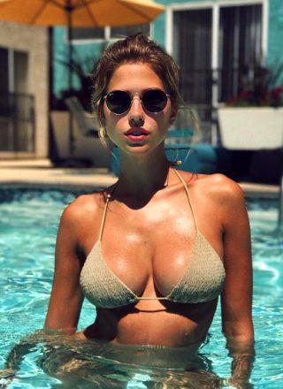 Kara Del Toro Is Hot For Summer