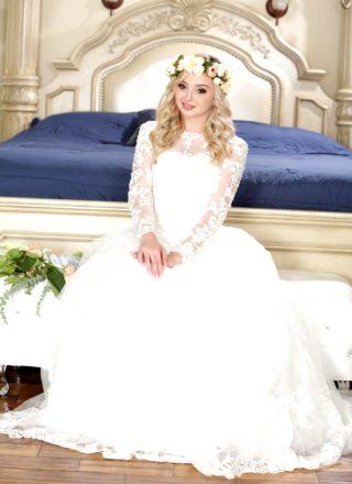 Kit Mercer & Lexi Lore – Wedding