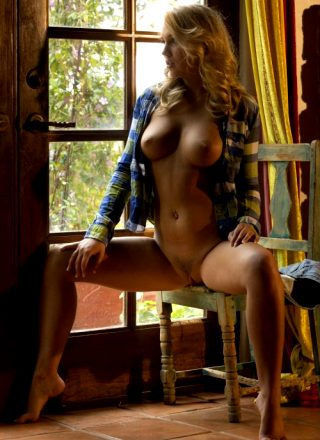 New Zoey Taylor Met Art – First – United States Age When Shot 20 Eye Color Green Hair Color Blonde Height 5'4 Weight 115 Lbs Breasts Medium Size 34 26 33 Shaved Shaved Ethnicity Caucasian