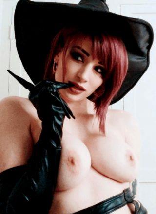 Oooooo Witchy – Kayla Erin