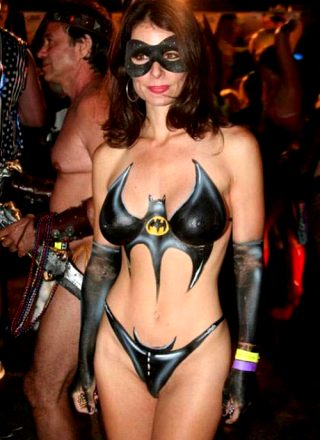 Superb brunette in this awesome homemade cosplay pic