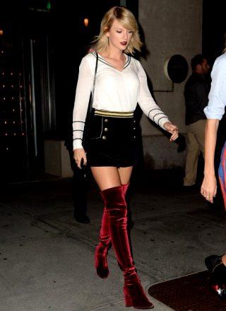 Taylor Swift Velvet Booty