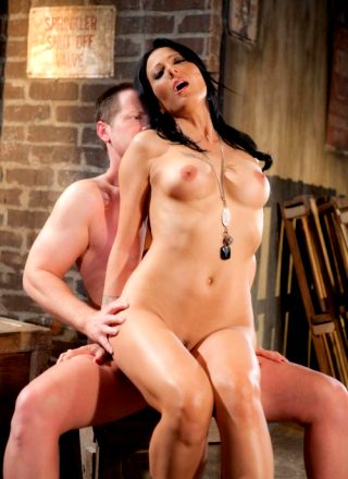 Zoey Holloway And Eric Masterson – Back Alley Babe